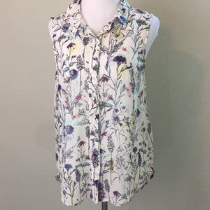 ⭐️3/$25 H&M Floral Sleeveless Blouse